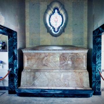 Westview Cem Mausoleum
